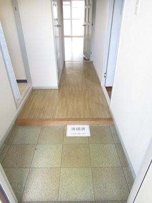 【玄関】グリーンウッド金武