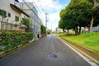 閑静な住宅街につき、住環境も良好。 是非現地をご見学ください。