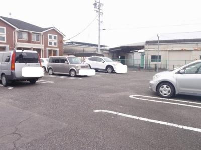 【駐車場】セント・イリスⅠ