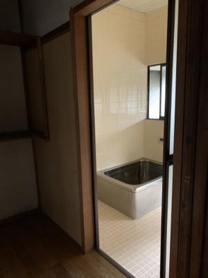 【浴室】恵下貸家