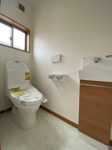 ~室内写真~シンプルで使いやすいトイレです