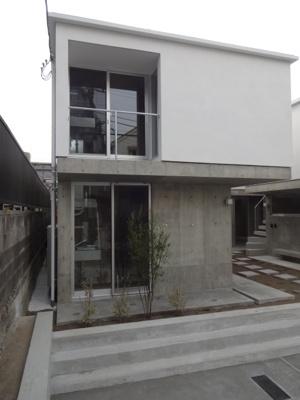 相鉄線「二俣川」駅徒歩7分の新築デザイナーズ物件です。