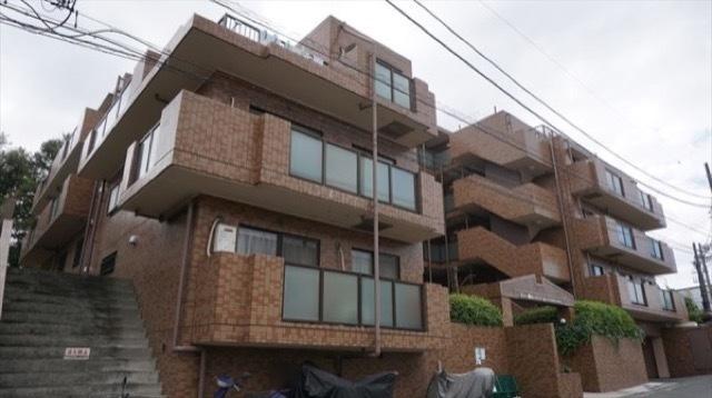 新規内装リフォーム 4階建ての最上階・角部屋 最上階は独立性に富んだワンフロア2世帯 住宅ローン控除適合物件