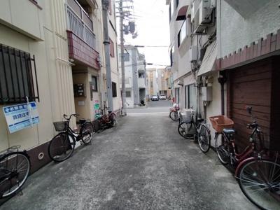 周辺道路 閑静な住宅街です。