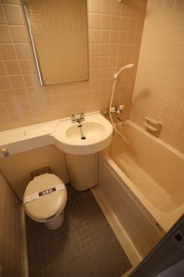 【浴室】オーベル上馬B