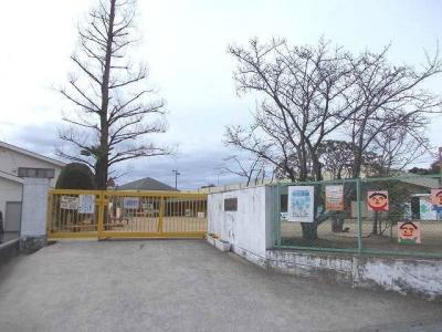 道上幼稚園まで800m