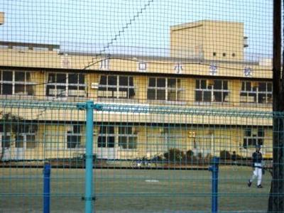 川口小学校まで450m