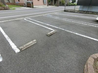 【駐車場】サンライズ