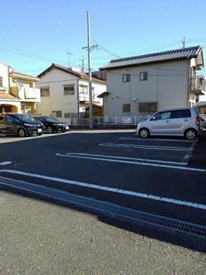 【駐車場】スリーピースA