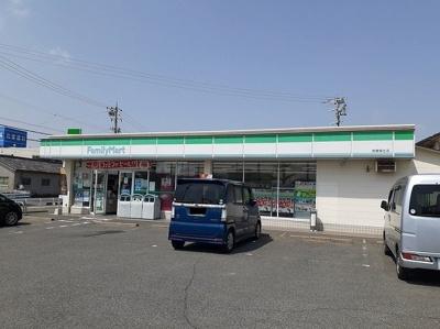 ファミリーマート鈴鹿稲生店まで400m
