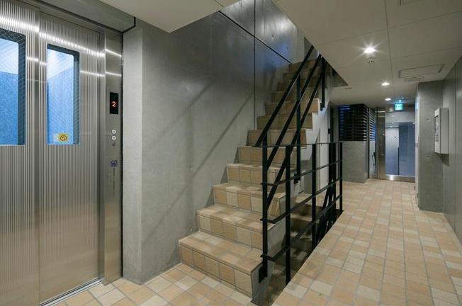 EXAM代々木八幡 エレベーター 共有廊下部