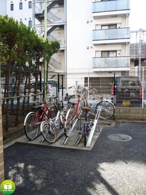 敷地内に駐輪も可能です