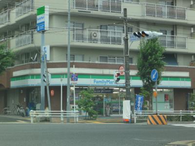 ファミリーマートみのてつ彩紅橋店まで267m
