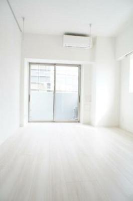 7.1帖のきれいな洋室。