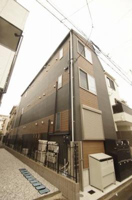 京浜急行線「穴守稲荷」駅より徒歩4分の駅近です