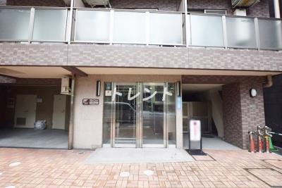 【エントランス】スカイコート本郷東大前壱番館