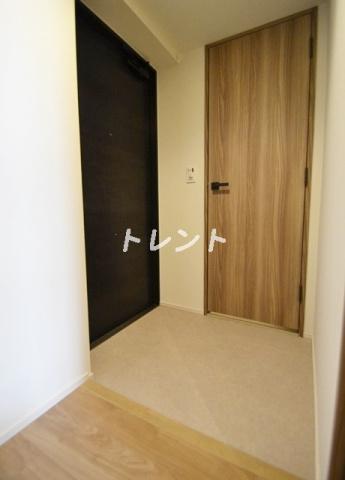 【玄関】ラミアカーサ東中野