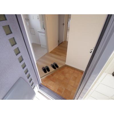【玄関】サンパレスREI A棟