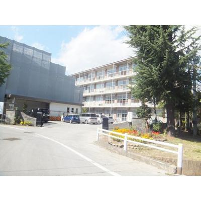 中学校「長野市立三陽中学校まで1001m」学区はご確認ください