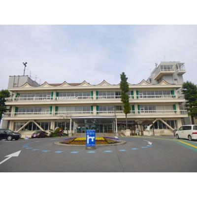 役所「須坂市役所まで984m」