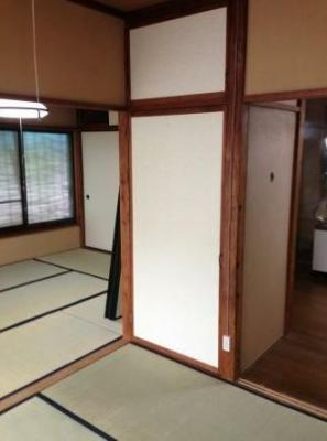 和室つながっています。