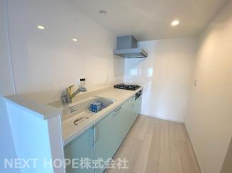 キッチンです♪独立キッチンで、急にお客様が来られても慌てなくても大丈夫ですね(^^)