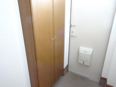 【玄関】レスポワ-ル B
