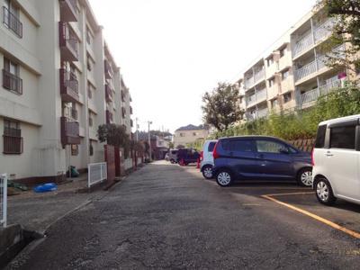 マンション敷地内駐車場