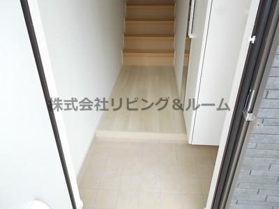 【玄関】ローズベル・Ⅱ棟