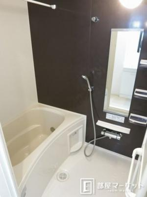 【浴室】ラフィーネK