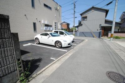 【駐車場】エスカレント国分