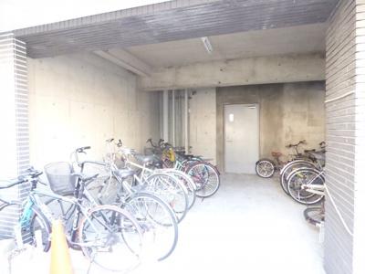 駐輪場(屋根付き)