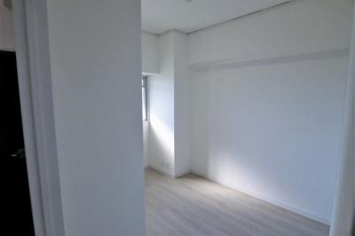 洋室 約5.0帖 主寝室としていかがでしょうか。