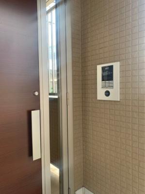 【セキュリティ】西小泉駅 南矢島町 3階建