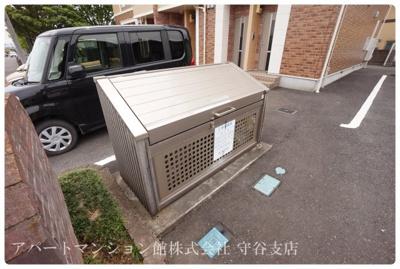 【駐車場】コンフィデンス・コート