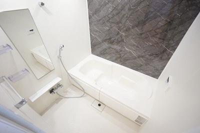 【浴室】リーヴァ 眞 A