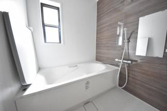 【浴室】西宮市下大市西町戸建