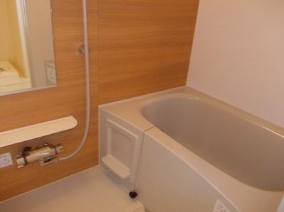 【浴室】アドラブール ラシュレⅡ