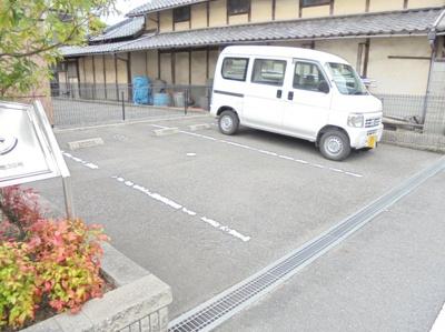 【駐車場】シャロン