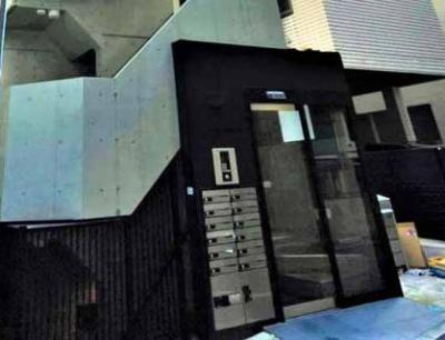 【エントランス】JLBグランエクリュ白金
