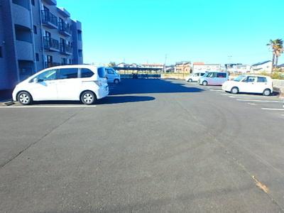 【駐車場】オンフィールド