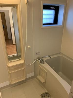 【浴室】サフィニア三国