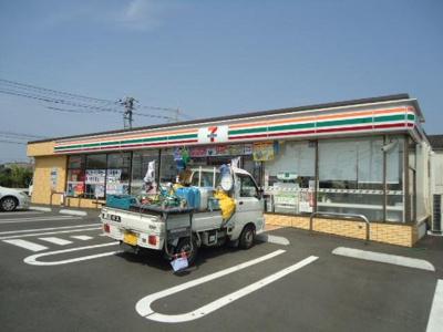 セブンイレブン福山箕島町店まで601m