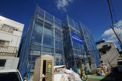 京急大師線「川崎大師駅」徒歩20分の新築アパートです。