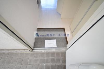 【玄関】メゾン若江