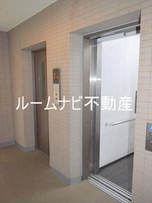【エントランス】コンフォリア板橋仲宿