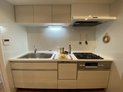独立キッチン システムキッチン新規交換 食洗機付き・浄水器一体型水栓付き