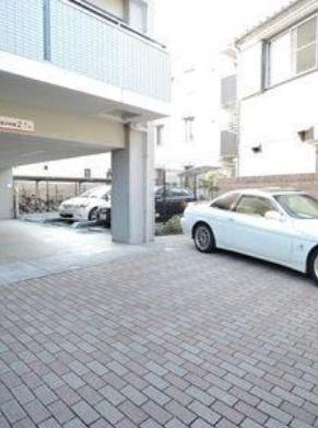 【駐車場】グランヴァン王子