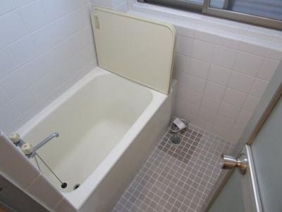 【浴室】城やまガーデンハウス