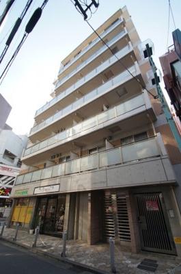 東急東横線「綱島駅」徒歩2分の駅近マンションです。